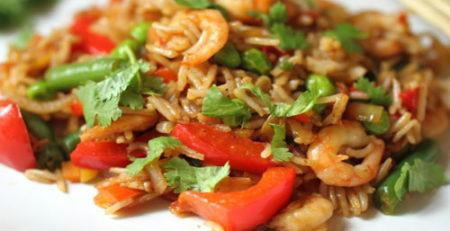 Плов с овощами и морепродуктами
